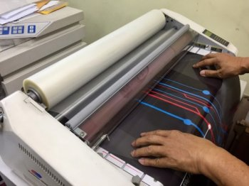 hot laminate services in hot by western eastern stationery Kuala lumpur printing shop